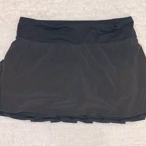 Lululemon size 4 skirt!